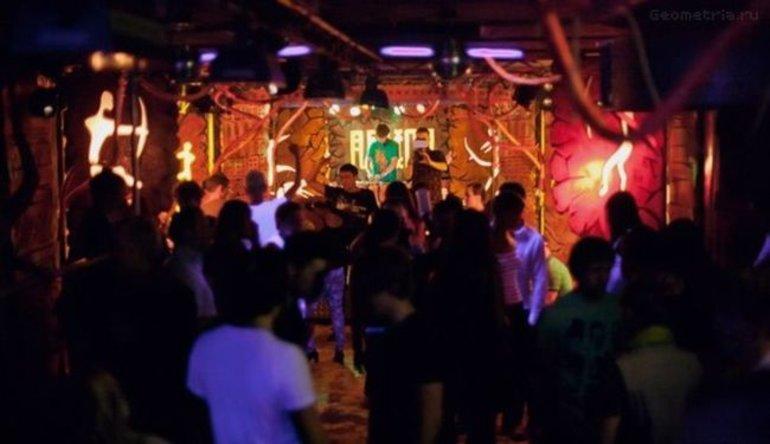 Ночные клубы работают в челябинске ночные клубы москвы в вао